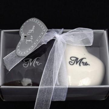 poza Marturie solnite ceramica inimi Mr&Mrs
